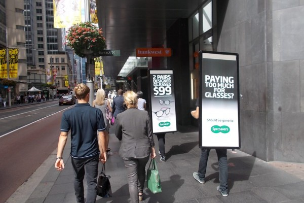 Walking-Billboards---SpecSavers---Sydney-(2)